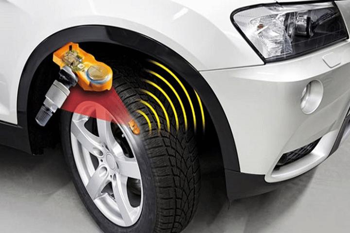 Cảm biến áp suất lốp giúp bạn lái xe an toàn hơn