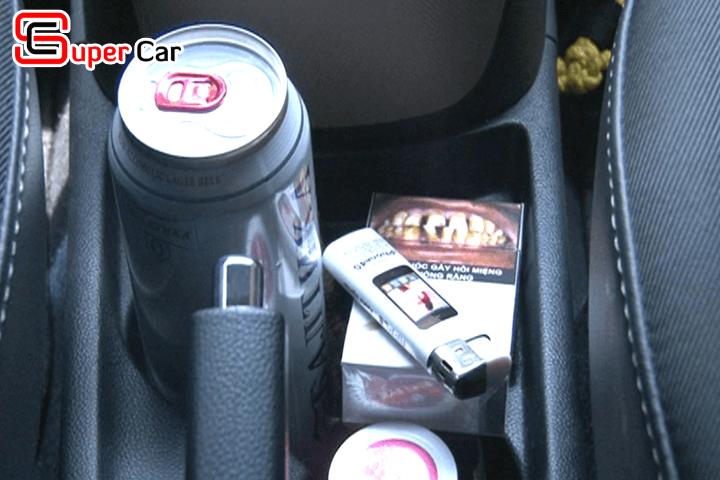 Những vật nguy hiểm cho trẻ nhỏ trên xe ô tô