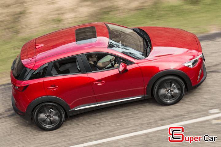 Có nên mua xe ô tô có cửa sổ trời hay không?