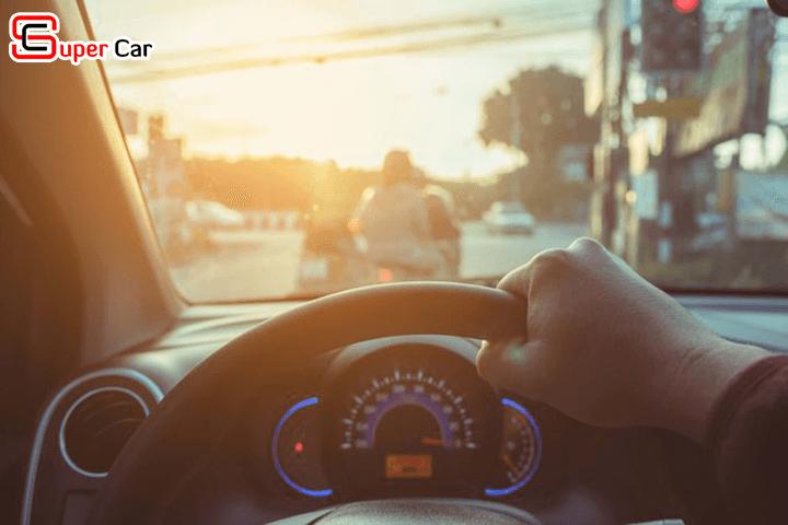 Mẹo canh khoảng cách khi lái xe ô tô 1