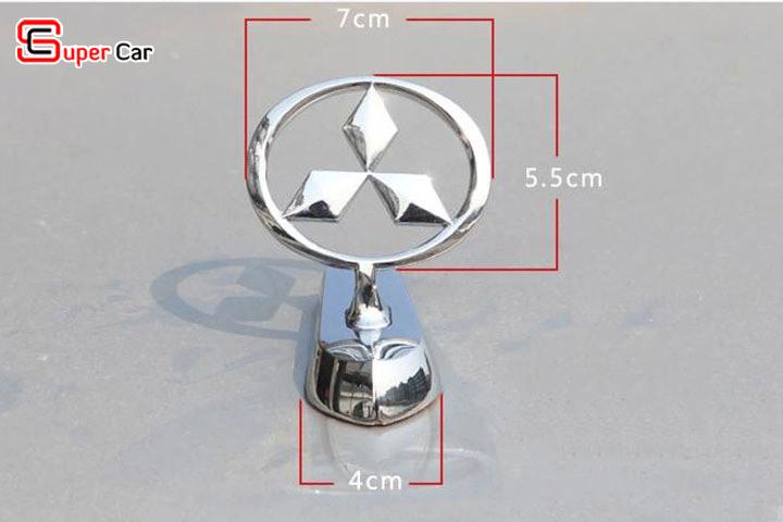 Logo ô tô gắn nắp capo 3