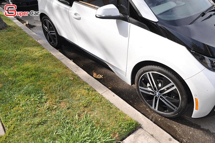 Kỹ năng tấp xe vào lề đường an toàn 3