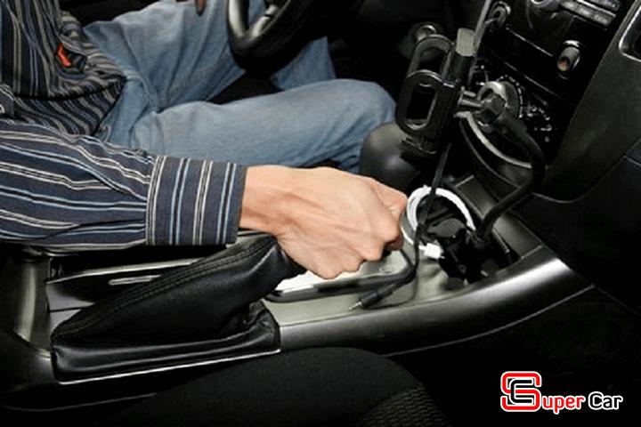 6 Thói quen lái xe gây hư hại cho xe 1
