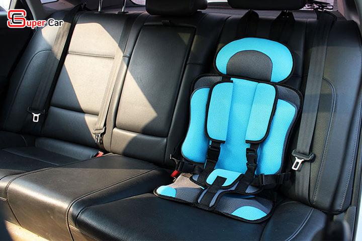 Đai ghế ngồi ô tô an toàn cho bé 3