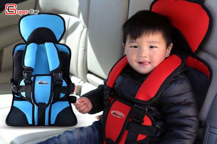 Đai ghế ngồi ô tô an toàn cho bé 1